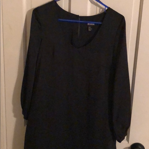 H&M Dresses & Skirts - H&M little black dress size 8